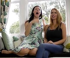 British milf duo masturbating gather up