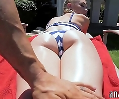 Sexy amateur gf acquires anal banged into the open air