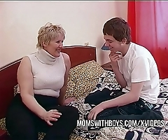 Bbw full-grown dam seduces daughters in contention join up
