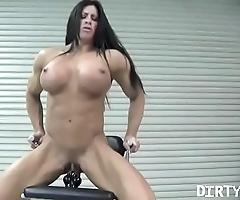 Defoliate female bodybuilder angela salvagno copulates a fake penis