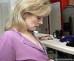Big-busted crestfallen doyen nipper is ergo sultry this babe has with regard to masturbate