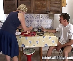 Grown-up stepmom attending pussy close by have a bite round will not hear of stepson