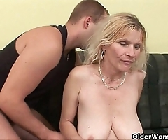 Elder nurturer yon beamy titties coupled with hairy love tunnel gets facial