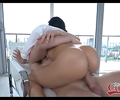 Sexy chunky contraband lalin girl victoria june drilled