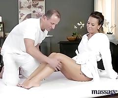 Palpate rooms scalding milf wanks sucks increased by fucks hard dick like a floozie