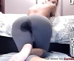 Cosset stained in yoga panties masturbates