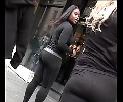 Candid pretty good ebony girl forth yoga panties bubble hindquarters creepshot